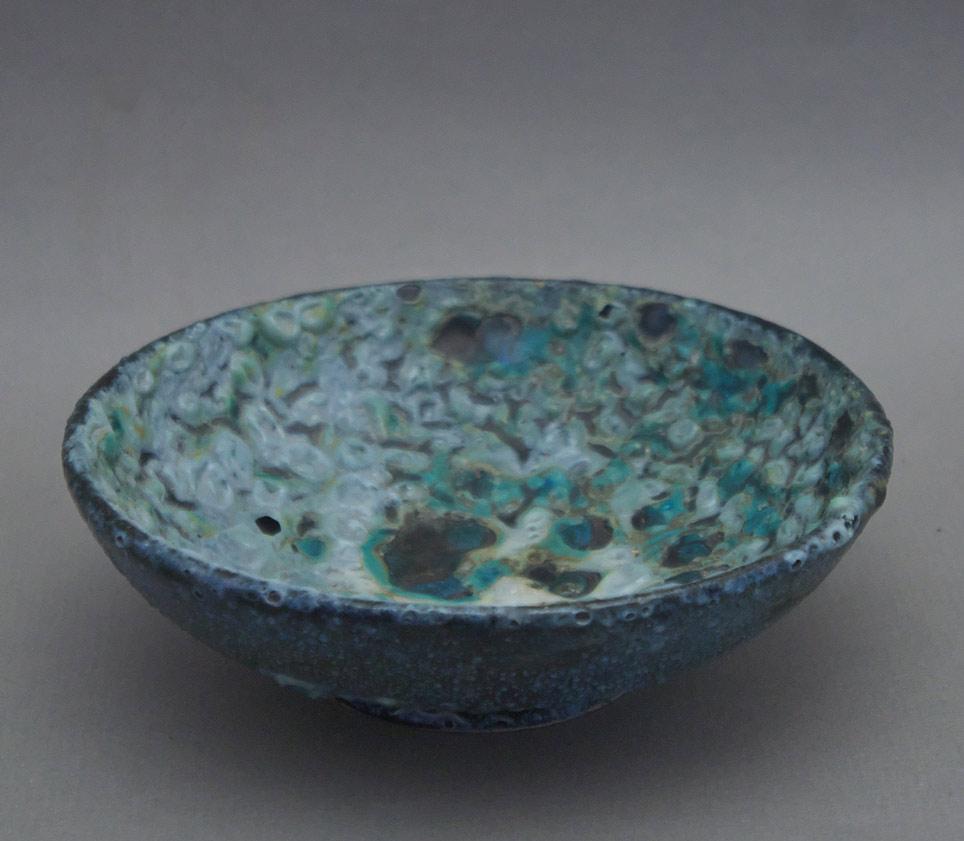 Canadian Pottery - Ernst & Alma Lorenzen lava glaze bowl, dia. 6″ - Nova Scotia