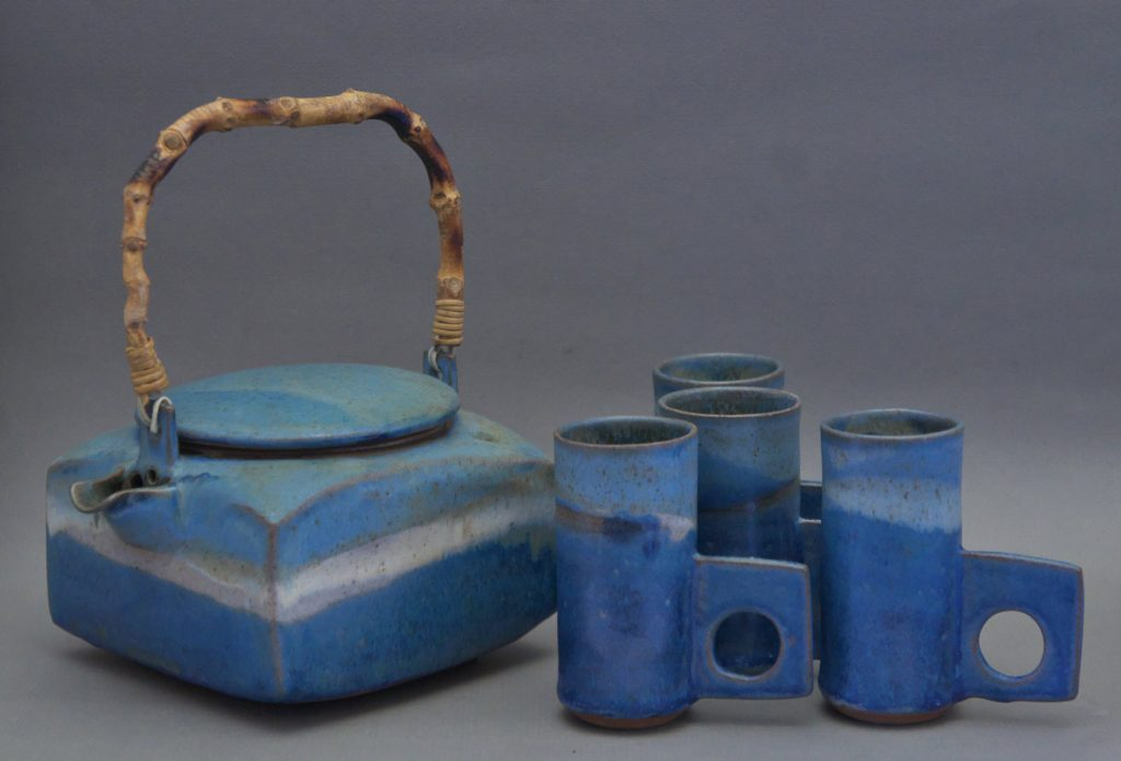Canadian Pottery - Ron Tribe tea set, teapot ht. 4″ - British Columbia
