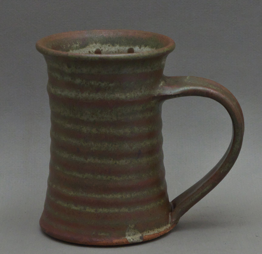 Canadian Pottery - Tam Irving mug, ht. 5-1/2″ - British Columbia