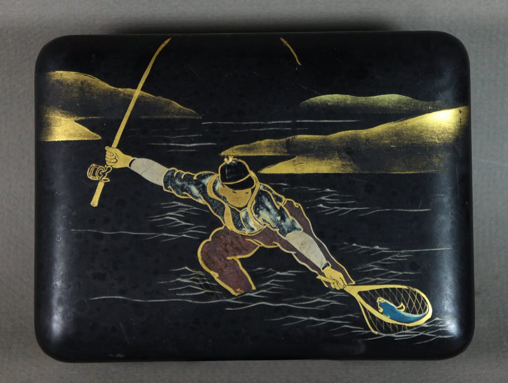 Japanese lacquer fisherman box