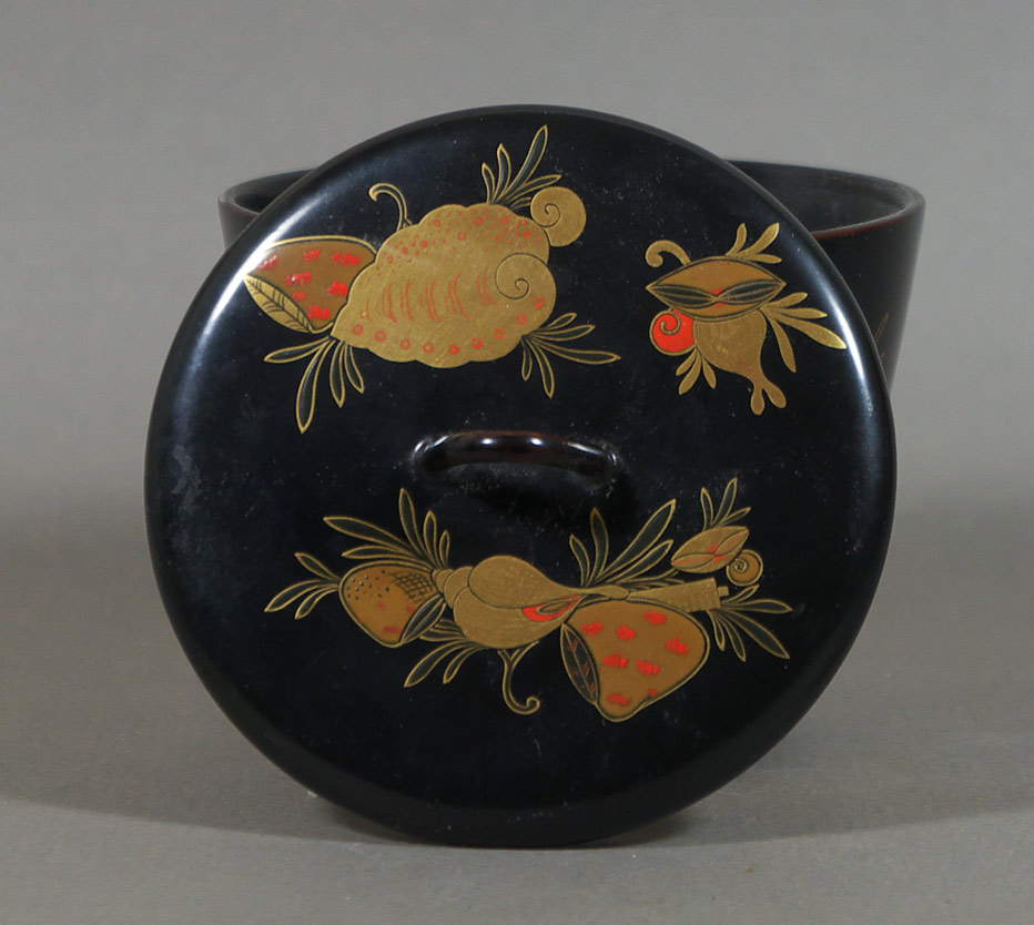Lacquered Japanese tea caddy