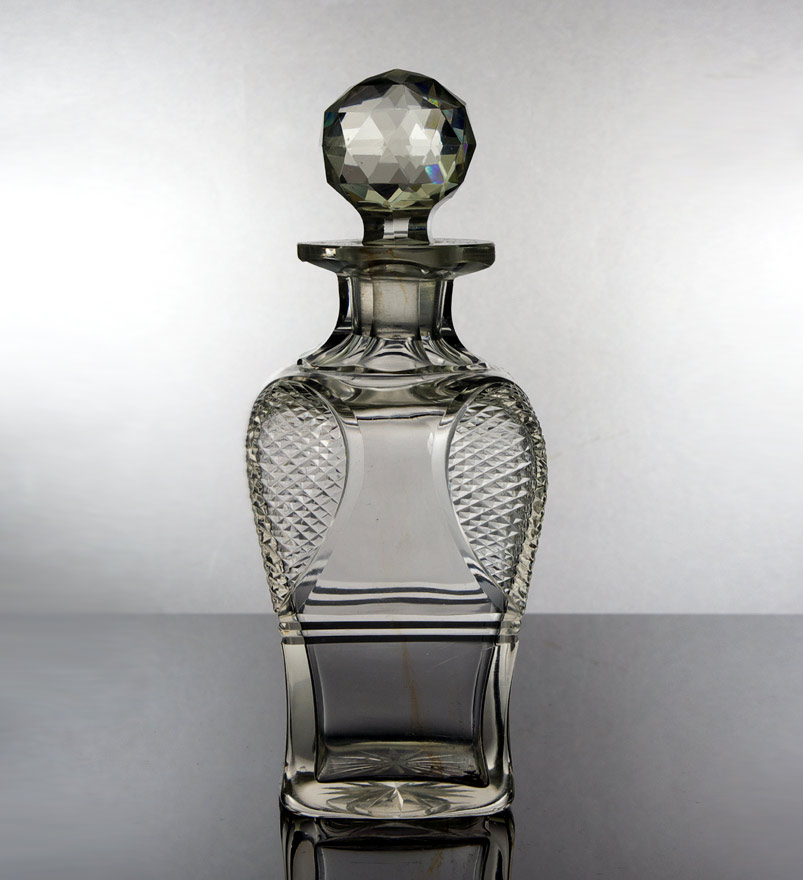 Baluster shaped whiskey decanter