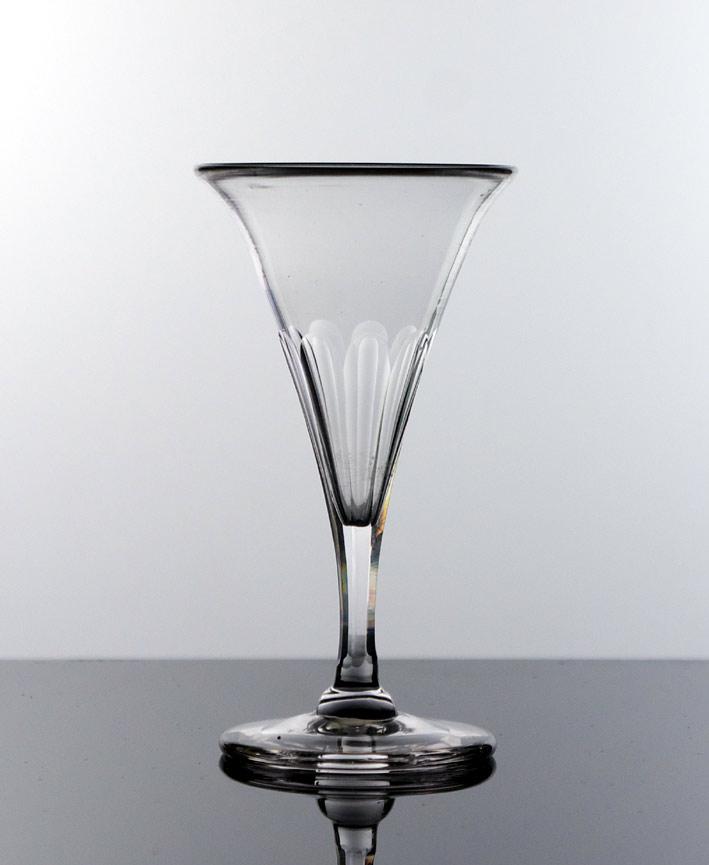 Petal cut port glass