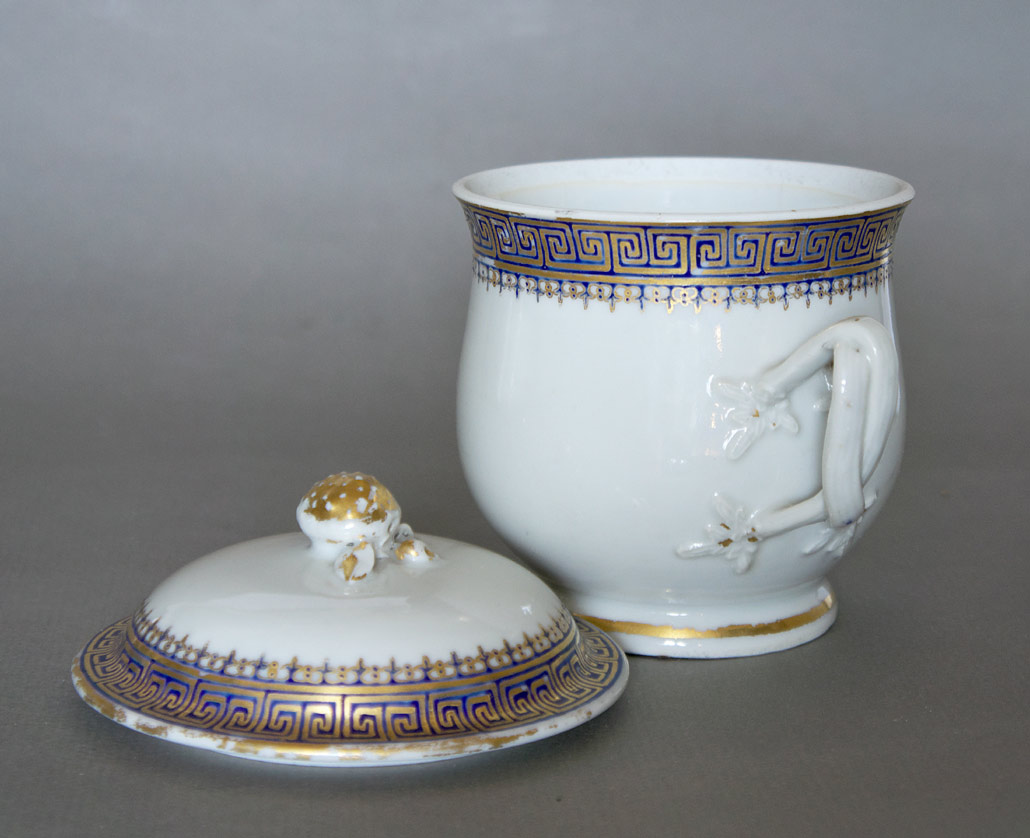 Chinese Export sugar bowl and cover