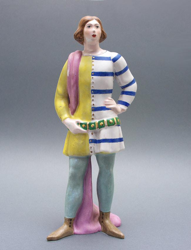 Zaccagnini pottery figure